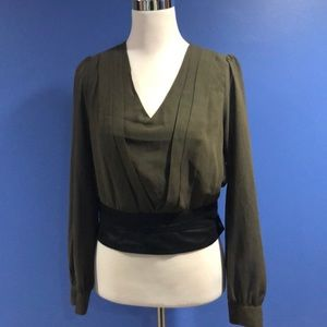 AKIRA Long Sleeve Crop Blouse Size M